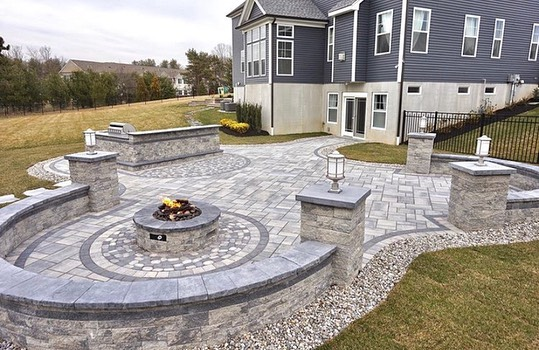 Carousel post from techobloc.