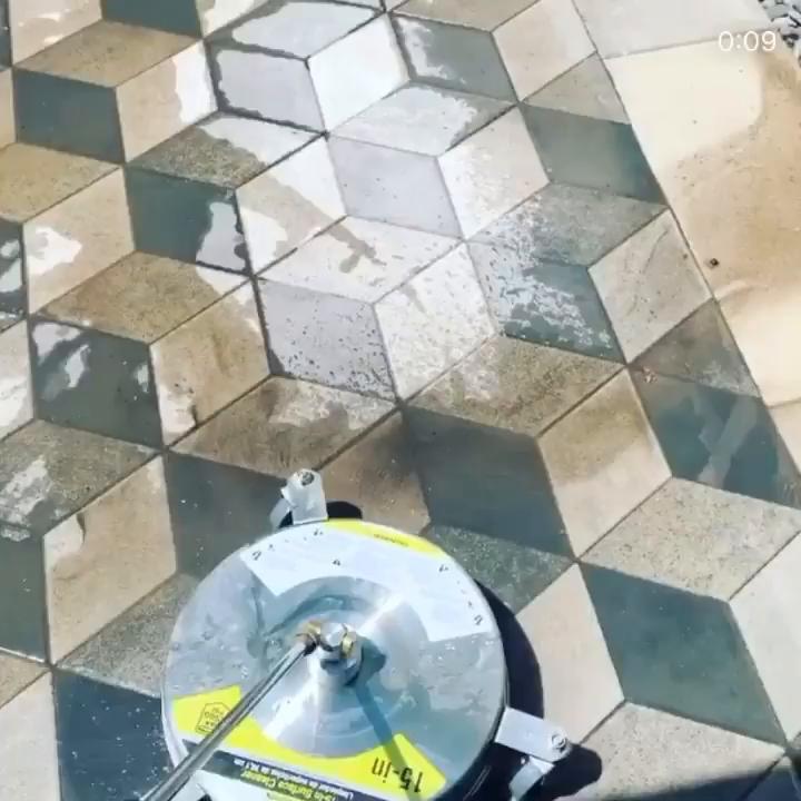 Video post from techobloc.